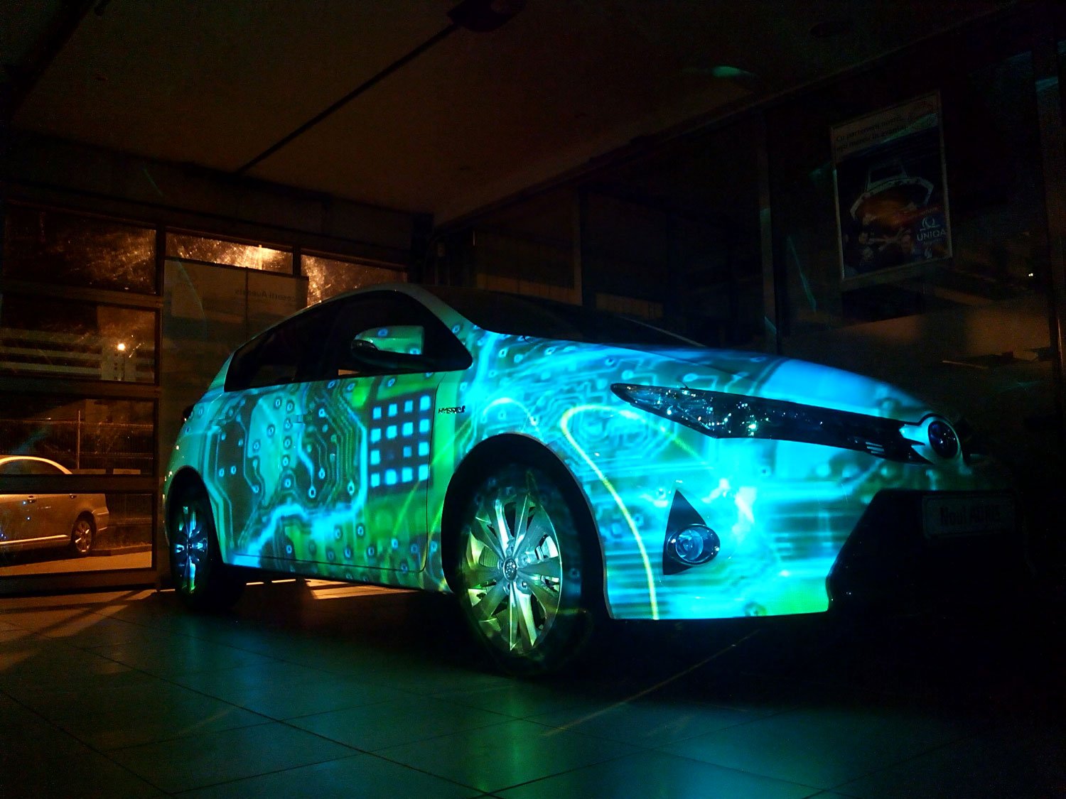 visual-skin-projection-mapping-car-toyota-1