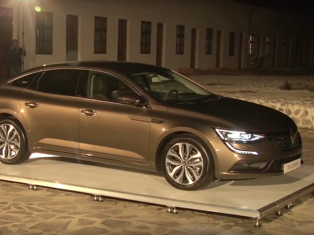 Projection mapping on Renault Talisman 2016